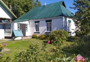 с. Лосятин. Продается дом 85м с участком 60сот в тихом, уютном месте.