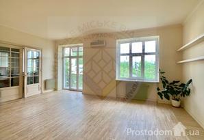 Продам офис на Печерске с хорошим видом из окон