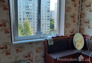 Продам 1 комнатную квартиру метро Масельского