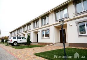 Будинок з земельною ділянкою - за ціною квартири!32800уо