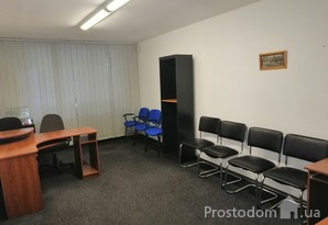 Сдается офис 60 м, м. Лукьяновская