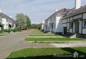 Прекрасная альтернатива  квартире , Таунхаус с ремонтом и мебелью в Белогородке,