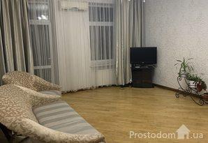 ПСдам просторную 3 комнатную квартиру в квартале от Дерибасовской