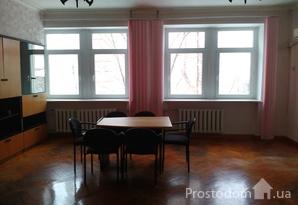 Аренда 236 кв.м. в центре г. Днепр, ул. Святослава Храброго
