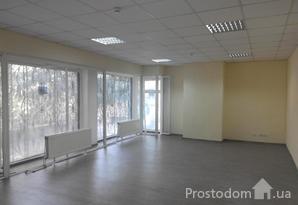 Аренда 44,5 кв.м. в центре г. Днепр, ул. Святослава Храброго