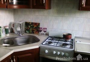 Сдам 2 комнатную квартиру на пр-те Гагарина/ пр-те Шевченко