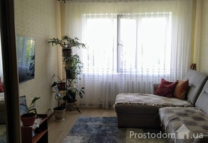 Продам 2-комнатную квартиру с ремонтом.